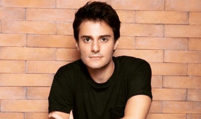 """Hugo Bonemer, primo de William Bonner, revela ataque homofóbico e entrega drama: """"Coisa ruim"""""""