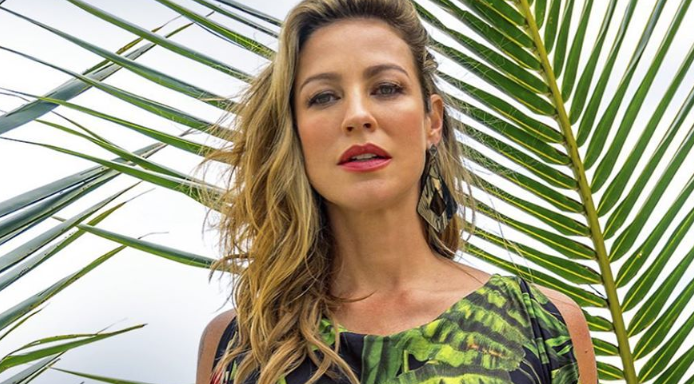 """Luana Piovani dá um basta nas férias dos filhos e encerra relação com Pedro Scooby: """"Sou rica"""""""