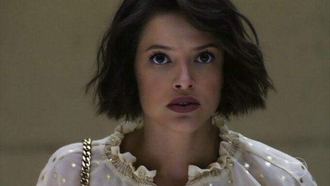 """A Dona do Pedaço: Josiane cai em golpe de Téo e fica na miséria: """"Vai me pagar"""""""