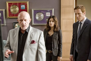 Life - Jonathan Banks as Nathan Gray, Sarah Shahi as Dani Reese, Damian Lewis as Charlie Crews