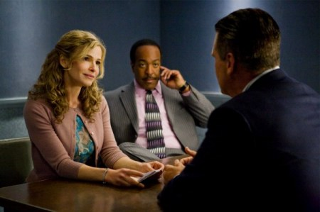 The Closer - Kyra Sedgwick, Robert Gossett
