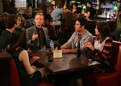 """HOW I MET YOUR MOTHER - Marshall (Jason Segel), Bob (guest star, Orson Bean), Lily (Alyson Hannigan), Ted (Josh Radnor), Barney (Neil Patrick Harris), and Robin (Cobie Smulders)  in """"Slapsgiving"""""""