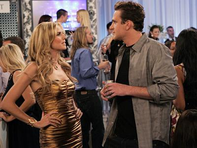 """HOW I MET YOUR MOTHER - Jason Segel as Marshall and Heidi Klum in """"The Yipes"""""""