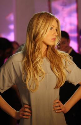 "GOSSIP GIRL - Blake Lively as Serena in ""Seventeen Candles"""