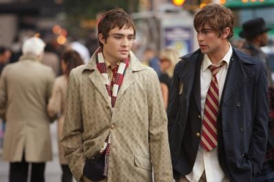 "GOSSIP GIRL - Ed Westwick as Chuck and Chace Crawford as Nate in ""Hi, Society"""