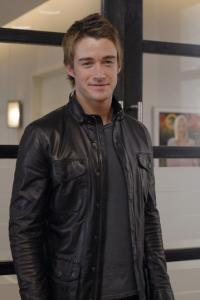 LIPSTICK JUNGLE - Robert Buckley as Kirby Atwood