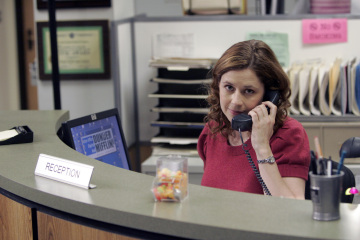 "THE OFFICE - Jenna FIscher as Pam Beesly in ""The Chairmodel"""