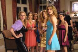 (left) Mary McCormack as Mary Shannon (blue dress) Missi Pyle as Treena