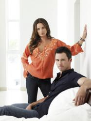 Gabrielle Anwar as Fiona Glenanne and Jeffrey Donovan as Michael Westen