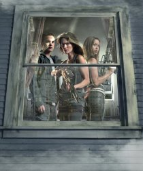 Terminator: The Sarah Connor Chronicles - John Connor (Thomas Dekker),  Sarah Connor (Lena Headey), Cameron (Summer Glau)