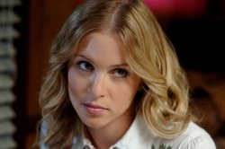Supernatural - Amy Gumenick as Mary Winchester
