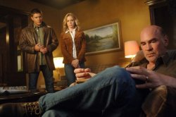 Supernatural - Jensen Ackles as Dean, Amy Gumenick as Mary, Mitch Pileggias Samuel Winchester