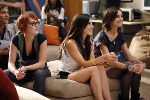 Rumer Willis as Gia, Jessica Lowndes as Adrianna, and Jessica Stroup as Silve