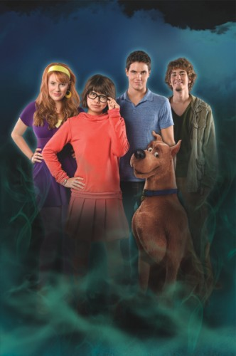 Scooby-Doo The Mystery Begins Cast