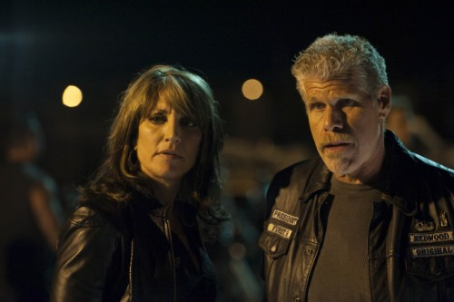 Katey Sagal as Gemma Teller and Ron Perlman as Clay Morrow in Sons of Anarchy