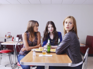 Jaime Lee Kirchner,  Michelle Trachtenberg and Taylor Schilling