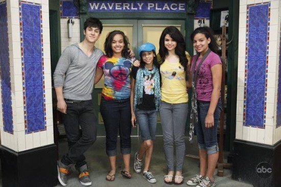 Selena Gomez on Extreme Makeover: Home Edition