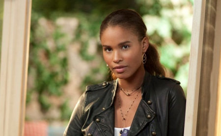 Joy Bryant - Parenthood (NBC)
