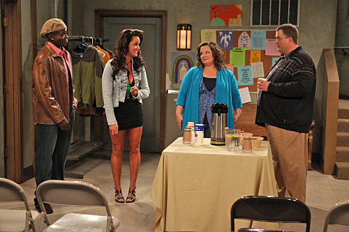 MIKE & MOLLY (CBS) Pilot