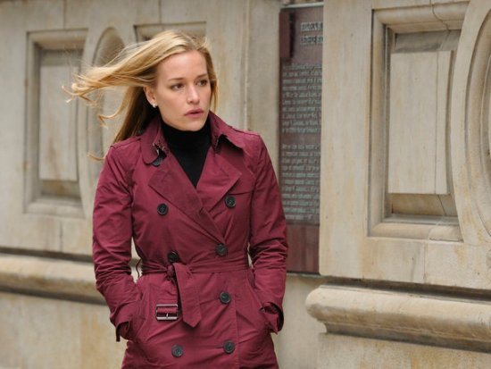 """COVERT AFFAIRS """"All the Right Friends"""" Season 2 Episode 4 (6)"""