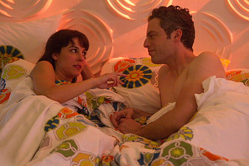 """WEEDS """"A Hole In Her Niqab"""" Season 7 Episode 4"""