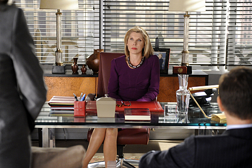 "THE GOOD WIFE ""The New Day"" Season 3 Premiere (2)"