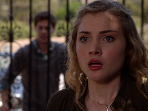 THE NINE LIVES OF CHLOE KING Beautiful Day Episode 10 (2)