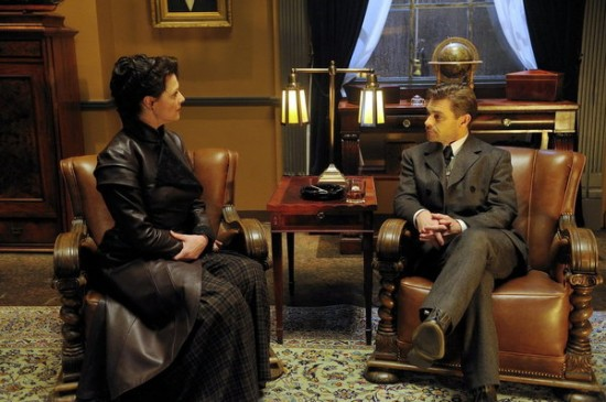 Sanctuary Amanda Tapping as Dr. Helen Magnus and Ian Tracey as Adam Worth