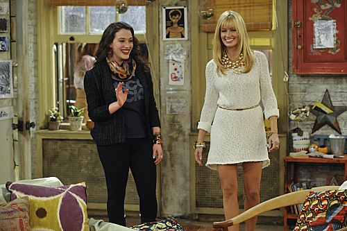 2 Broke Girls (CBS) And the Disappearing Bed
