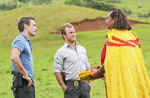 Hawaii Five-0 (CBS) KUPALE (DEFENDER)