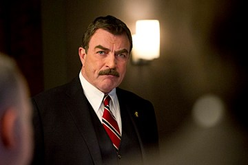 "Blue Bloods Season 2 Finale: ""Mother's Day"" (Season 2 Episode 22) (6)"