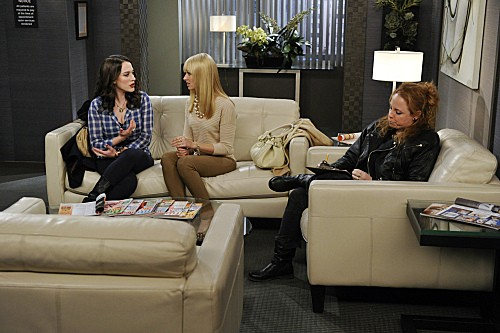 2 Broke Girls Season 2 Episode 8 And the Egg Special (2)