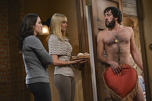 2 Broke Girls Season 2 Episode 8 And the Egg Special (9)