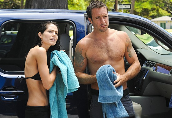 Alex O Loughlin Shirt Off
