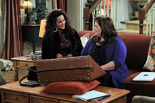 Mike & Molly Season 3 Episode 8 Mike Likes Briefs (5)