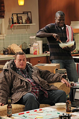 Mike & Molly Season 3 Episode 12 Molly's Birthday (8)