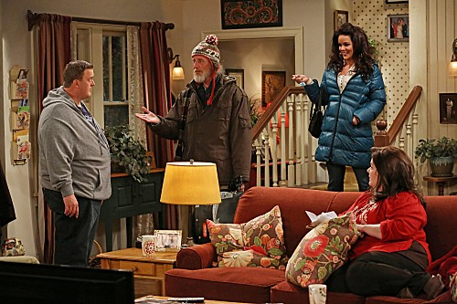 Mike & Molly Season 3 Episode 12 Molly's Birthday (5)