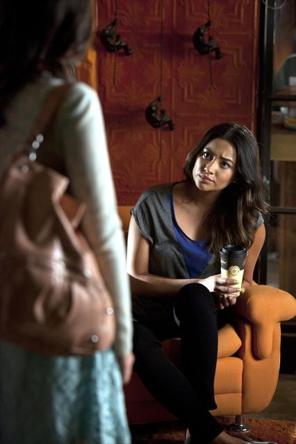 Pretty Little Liars Season 3 Episode 15 Mona-Mania! (6)
