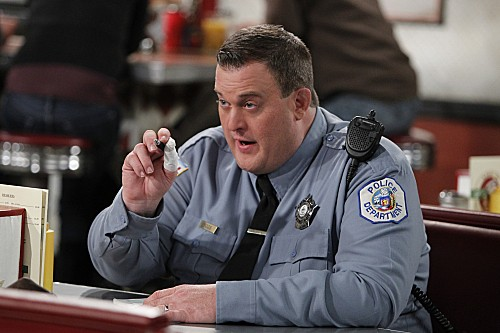 Mike & Molly Season 3 Episode 13 Carl Gets a Roommate (8)