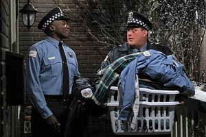 Mike & Molly Season 3 Episode 13 Carl Gets a Roommate (5)