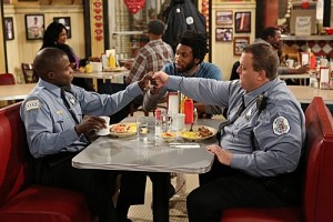 Mike & Molly Season 3 Episode 14 The Princess and the Troll (3)