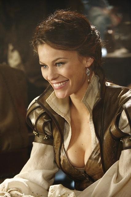 Once Upon a Time Season 2 Episode 13 Tiny (2)
