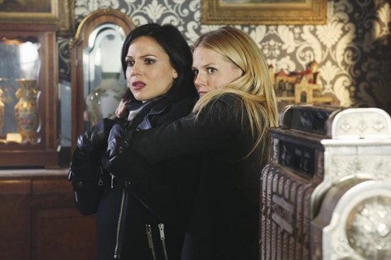 "Once Upon a Time Season 2 Episode 16 ""The Miller's Daughter"" (11)"