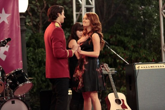 Jessie Season 2 Episode 14 Why Do Foils Fall in Love? (2)