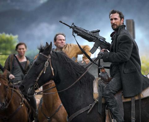 Falling Skies Season 3 Episode 1 & 2 On Thin Ice; Collateral Damage (9)