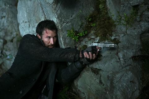Falling Skies Season 3 Episode 5 At All Costs (1)