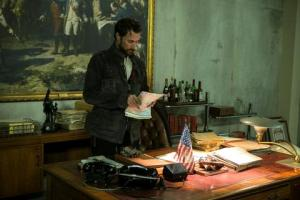 Falling Skies Season 3 Episode 6 Be Silent And Come Out (3)