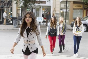Pretty Little Liars Season 4 Episode 12 Now You See Me, Now You Don't (6)