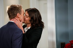 How I Met Your Mother Season 9 Coming Back and The Locket (6)
