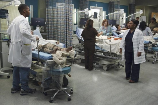 Grey's Anatomy Season 10 Episode 1 & 2 Seal Our Fate;I Want You With Me (20)